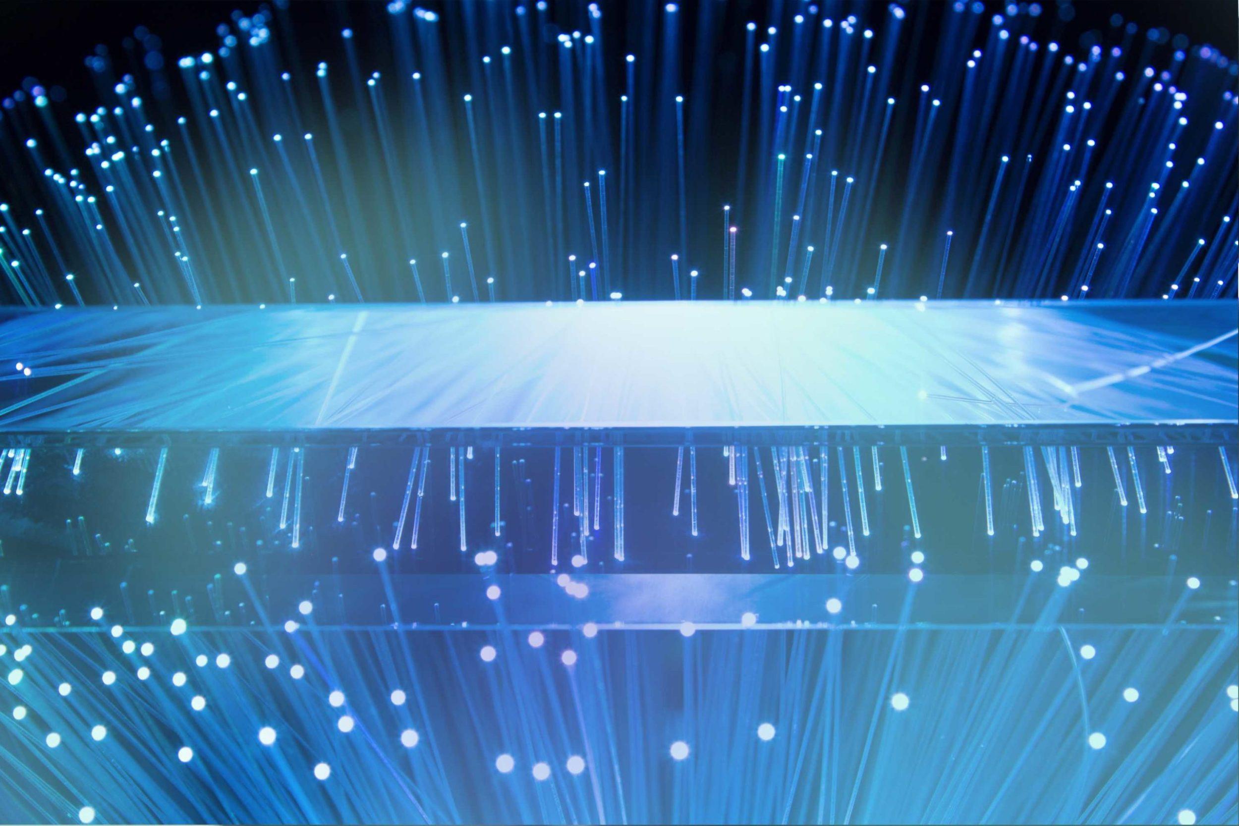 Glasfaserkabel mit Licht