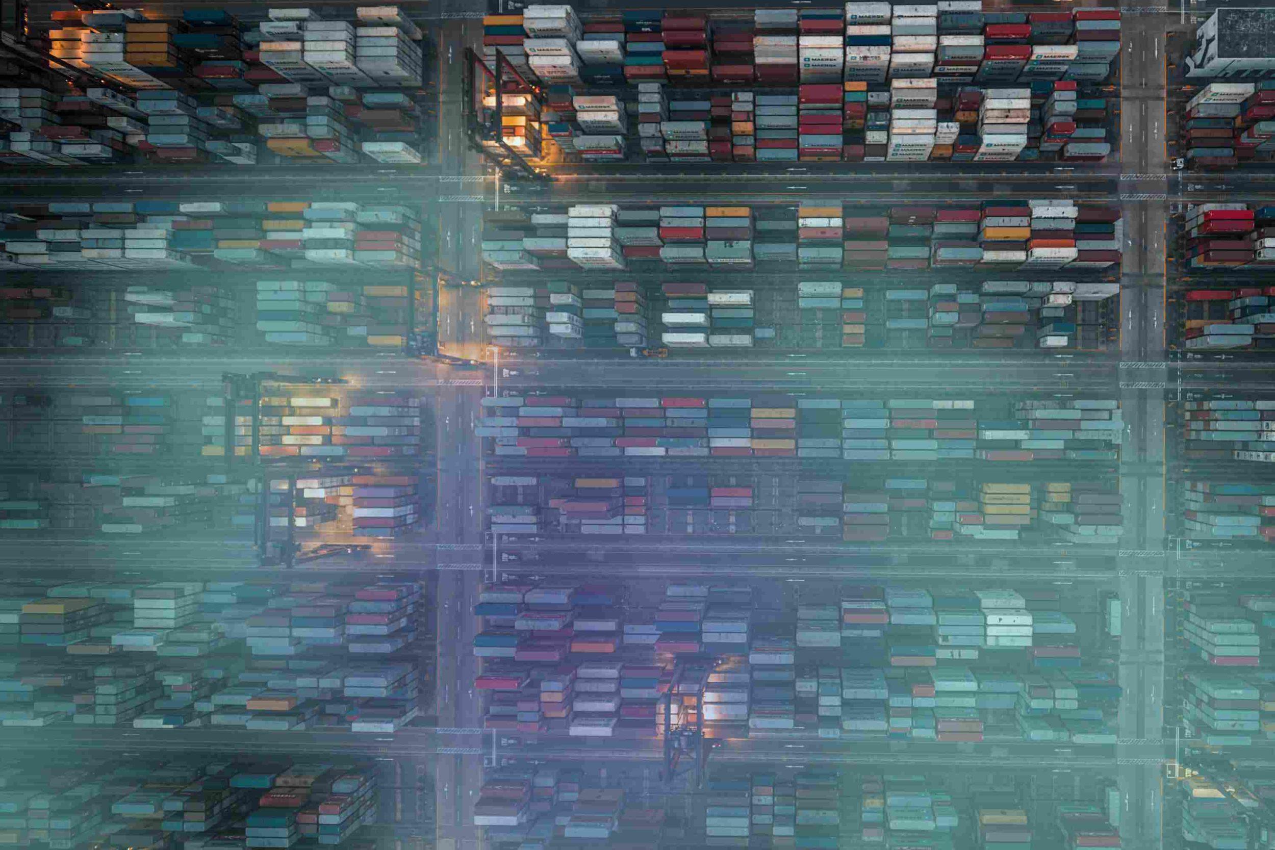 Bild eines Containerhafens in Hong Kong
